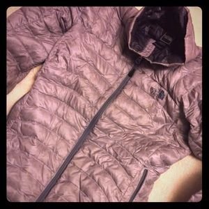 women's north face jacket (s)