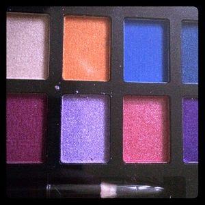 🌺🎉HP 4-26🌺🎉 24-color eyeshadow palette