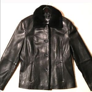 NEW‼️ Genuine Leather Jacket w/ Faux Fur Collar