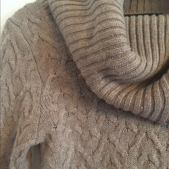 89th Madison Sweaters 89th Madison Cowl Neck Sweater Small