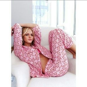 Victoria's Secret Other - Victoria Secret pajama set