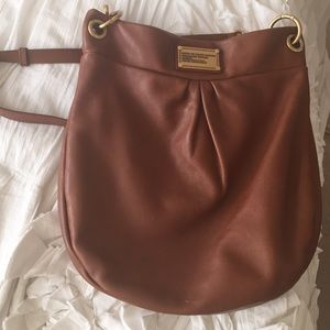 Marc Jacobs Hillier hobo in tan