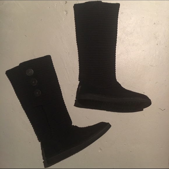 classic knit uggs