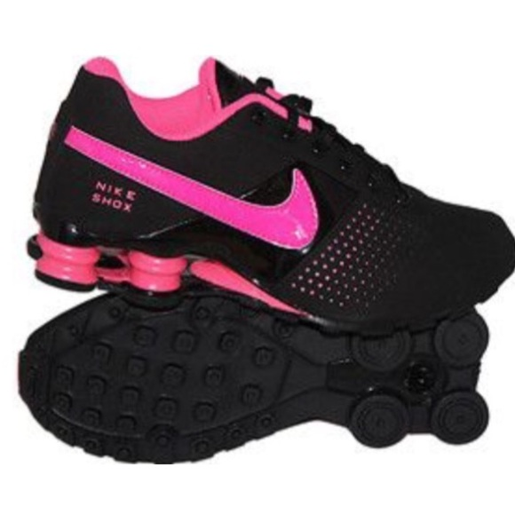 the best attitude 05b64 8b7ea Nike Shox Deliver GS In Pink   Black. M 56bb7c8c6802786515089b3b