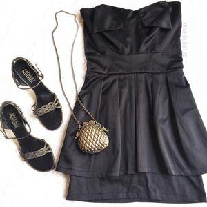 LF Dresses & Skirts - Tfnc Strapless Cocktail Dress