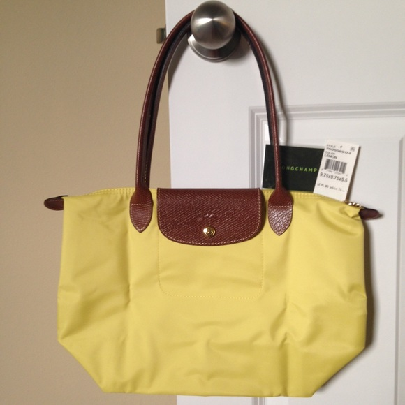NEW Longchamp Le Pliage Medium Long Handle Lemon 33b796fa8a911