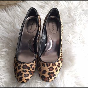 Leopard pumps heels hair 7.5 black tan shoes