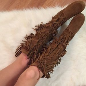 Boutique Shoes - Lace Up Knee High Fringe Boots