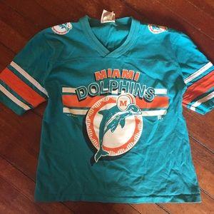 Tops - Vintage Miami Dolphins football tee medium