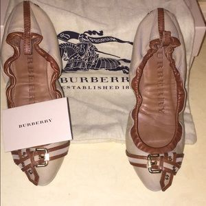 Burberry authentic flats 6 36