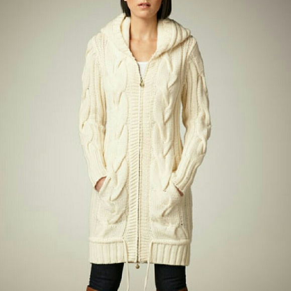 b311295c65 UGG Outerwear Sycamore Cove 100% wool sweater coat.  M 56bd3f0fa88e7d26c50021f2