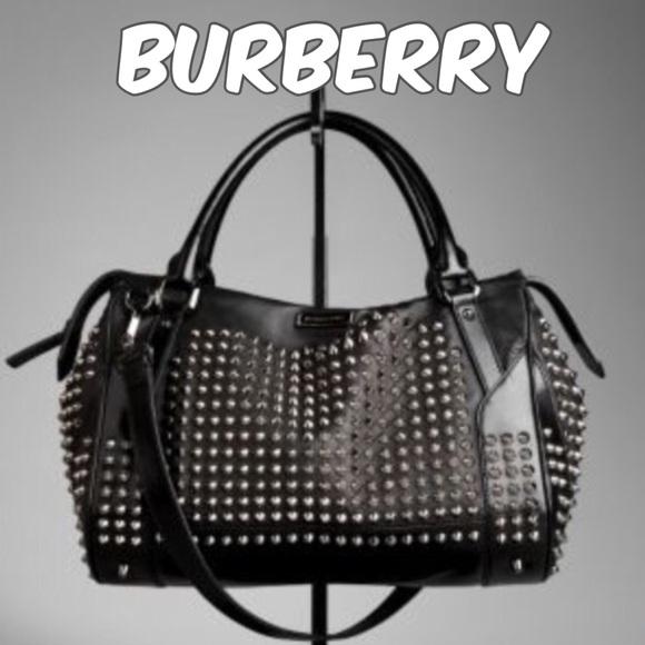 32bbca7158e Burberry Handbags - Burberry Studded leather bag🔷