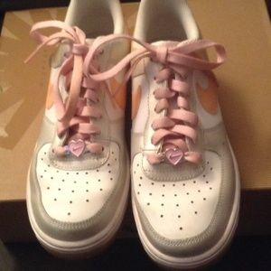 ... lowest price 5fe02 144d6 Nike Shoes - Pink White Glitter Bling Nike Air  Force One Heart ... 540496aab1ad