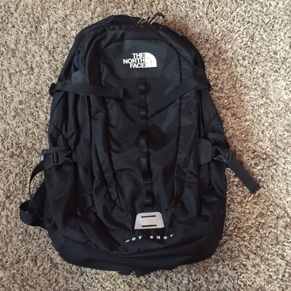 5a974ca41 North Face Hot Shot Backpack