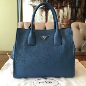 prada saffiano soft leather tote