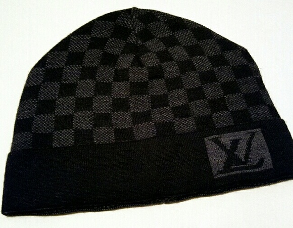 1aaee0ca1531 Louis Vuitton Accessories - Louis Vuitton Beanie hat winter