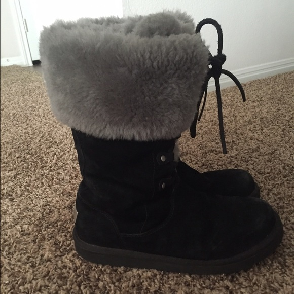 black single women in ostrander Women's boots ostrander in black by ugg®  brought to us by ugg, this ostrander in black features, waterproof leather and suede, event® membrane, uggpure wool .