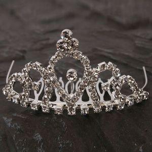 Jewelry - *SALE* Crystal tiara hair comb