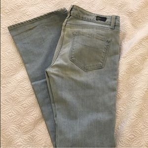 Paige Premium Denim light wash blue jeans size 30