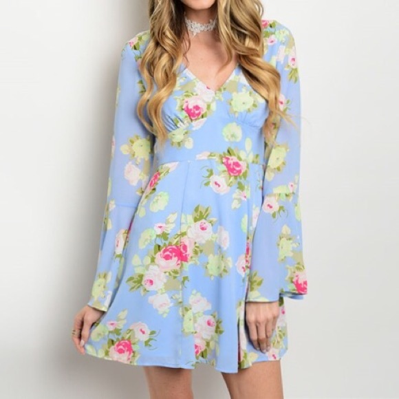 Boutique Dresses & Skirts - Spring Fling Floral Dress