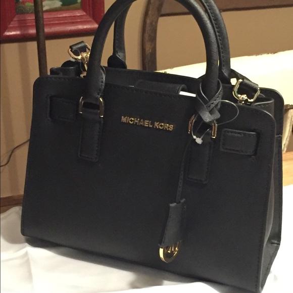 e82e1aece3f1 Michael Kors Bags | Grab It Sale Nwt Dillon Satchel | Poshmark