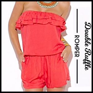 Boutique Other - Ruffled Strapless Romper (LOWEST PRICE)
