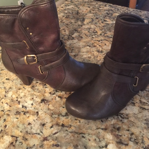 Baretraps Bare Traps Boots From Evelyn S Closet On Poshmark