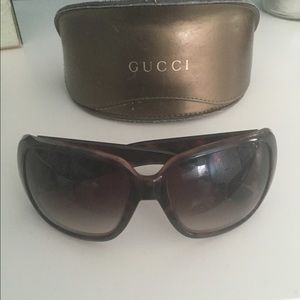 Large Gucci Sunglasses with Large Gold Hearts