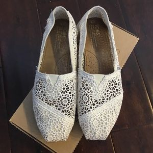 TOMS Shoes - TOMS Crochet Slip-On