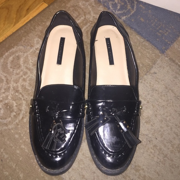 e7589e5ef6c Loafers with tassels from Zara. M 56be576c4e8d1729ca0099ac