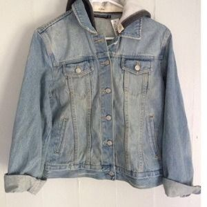 BRANDY MELVILLE DENIM JACKET