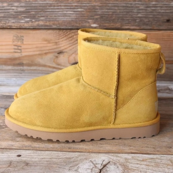 UGG Classic Mini Spanish Moss Sheepskin Boots 11