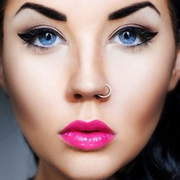 Fake Nose Rings Painless And Looks Real Nwt