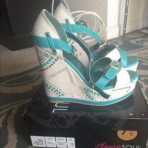 HeartSoul teal sandal wedges
