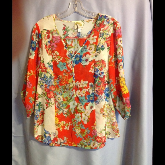 Fig And Flower Tops Blouse Poshmark