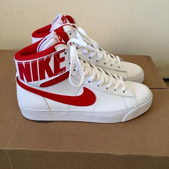 Nike Blazer Size 7.5 Hi Women Sneaker Shoes Athletic Plaid Old School