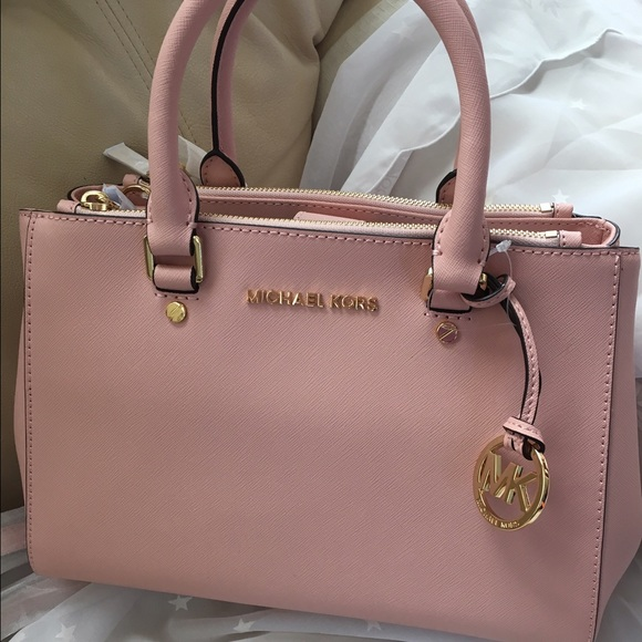 80f43ccd9d89c3 Michael Kors Bags | Mk Small Sutton Pastel Pink | Poshmark