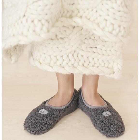 5f4b8d95905 Ugg, birche sheepskin slippers, grey, size 10