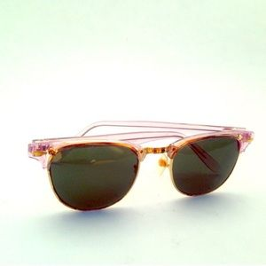Beach babe pink framed sunglasses