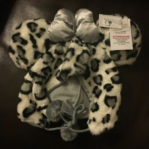 Disneyland leopard beanie/hat Minnie in grey NWT