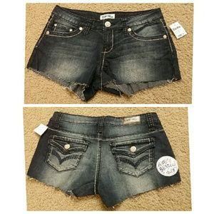 Women shorts jean sz 3