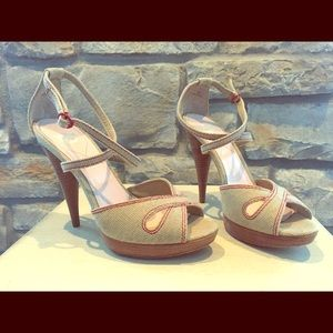 Shoes - Women's high heel sandal