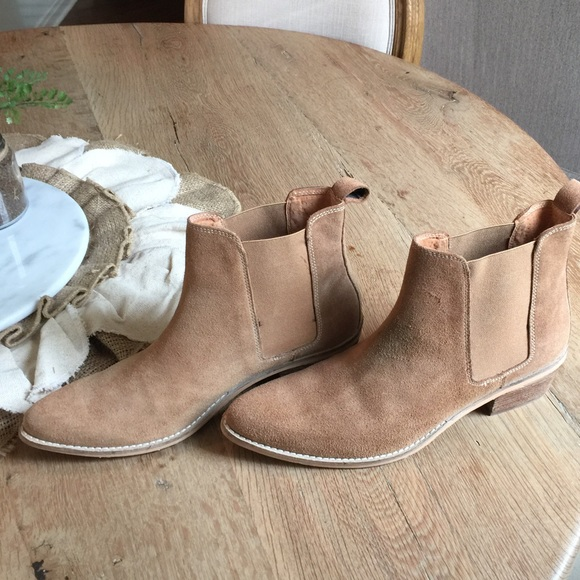 1c2cbe7732ed August Pointy Toe Chelsea Bootie. M 56bf48dfbcd4a7539902b66e. Other Shoes  you may like. Urban Outfitters Oink Leather Boots ...