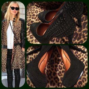 Pour la Victoire Shoes - Pour La Victoire black suede platform heels