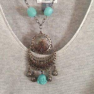 Jewelry - Silver boho necklace with turquoise stones