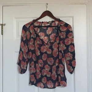 CLEARANCEOld Navy Floral Peasant Top