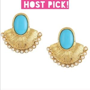⭐️HOST PICK⭐️ Baby blue fan shaped earrings