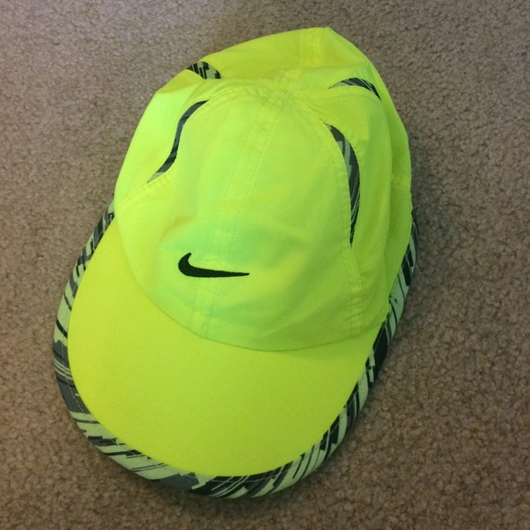 Nike Running Hat Neon Yellow or Green. M 56bf91c0291a35c006008777 e0a7f7b754f