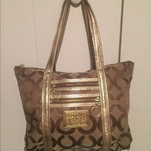 coach poppy purse outlet isqr  Gold Coach Poppy Purse Used