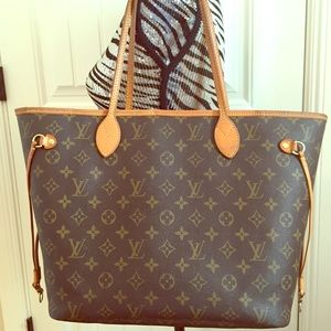 Authentic Louis Vuitton Neverfull MM